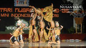 Parade-Tari-Nusantara-2016-Kalimantan-Tengah-1