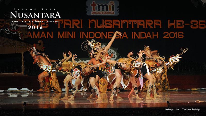 Parade-Tari-Nusantara-2016-Kalimantan-Tengah-6