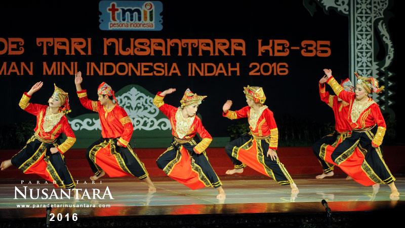 Parade-Tari-Nusantara-2016-sumatrera-barat-5