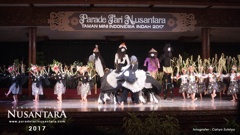 Parade-Tari-Nusantara-2017-Jawa-barat-3
