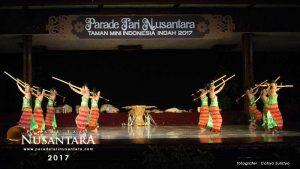 Parade-Tari-Nusantara-2017-Nusa-tenggara-timur-1
